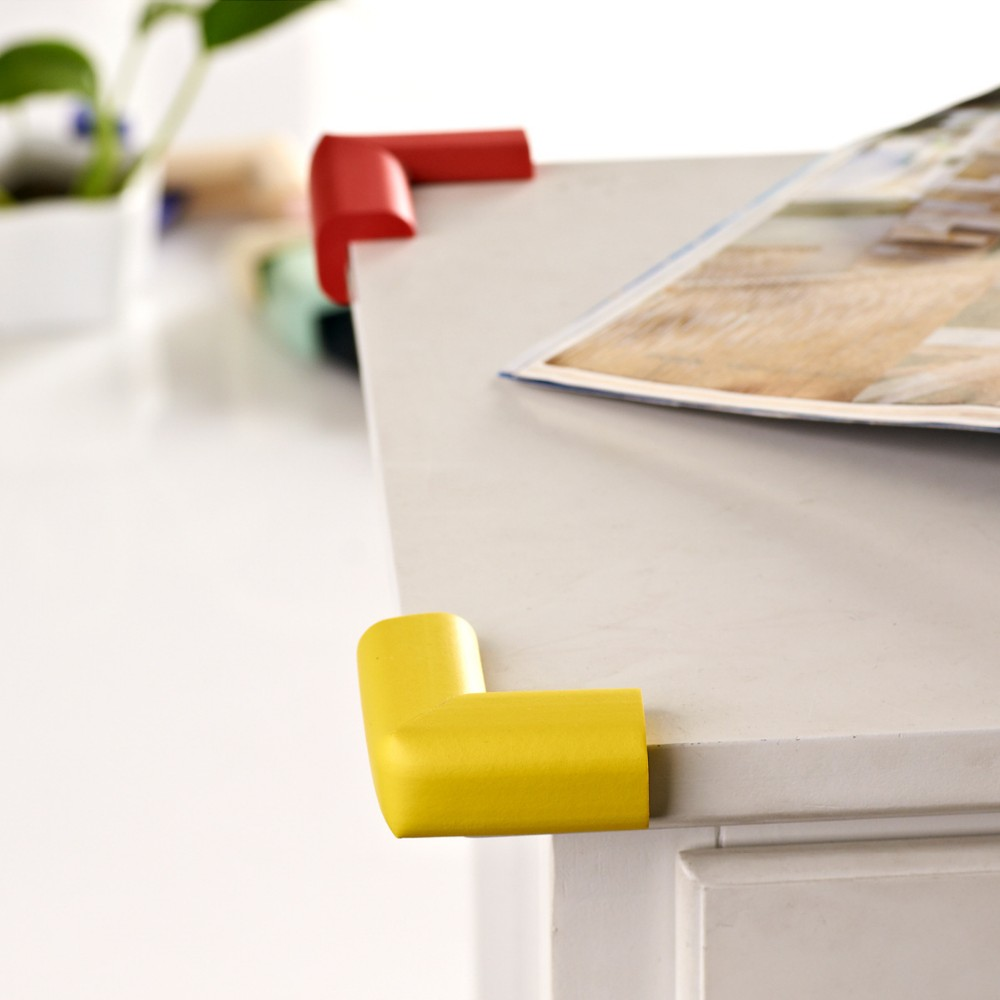 4x eckenschutz tisch kantenschutz eckschutz m bel kinder baby kindersicherung br ebay. Black Bedroom Furniture Sets. Home Design Ideas